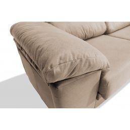 Sofá 3p beige con dos taburetes 270 cm.